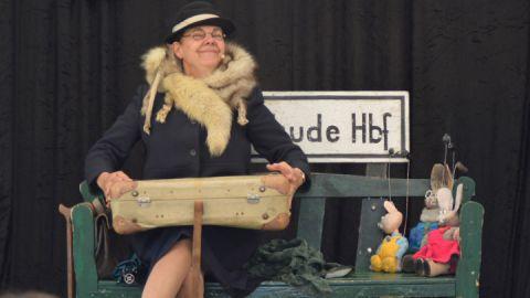 "Puppenspiel ""Angsthase Leopold"""