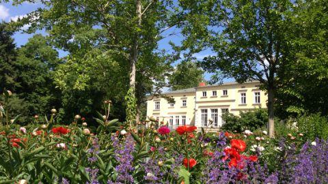 gutshaus-landsdorf-aussenansicht-03_2