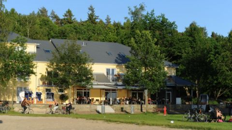 Hotelansicht - Strandhaus am Inselsee