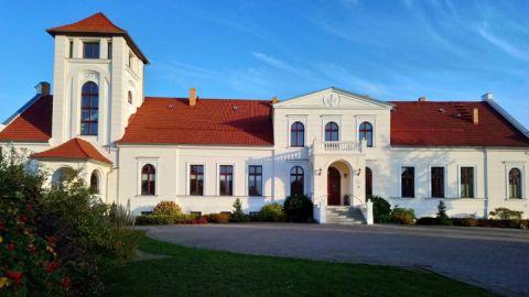 Gutshaus Alt Sührkow mit Hofrestaurant