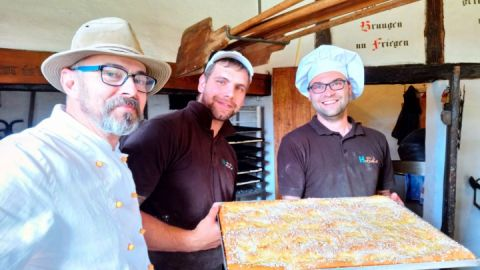 Bäckermeister Hatscher mit Team