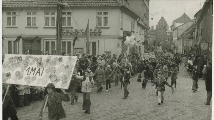 1. Mai-Demonstration in Teterow um 1975
