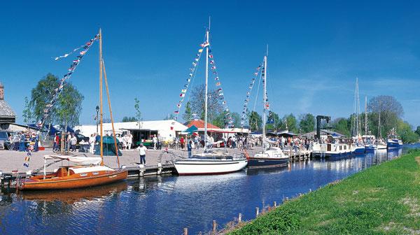 Bootsferien, Hausboote, Kanu, Segeln Mecklenburgische Schweiz