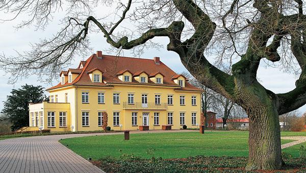 Burgen, Schlösser, Herrenhäuser